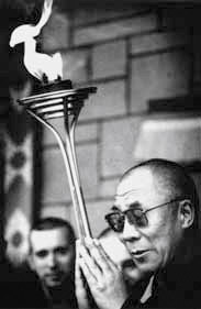 sri chinmoy bekefutas dalai lama