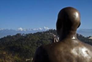 Sri Chinmoy szobor - Nepal