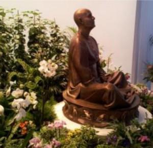 Sri Chinmoy szobor - Zlin