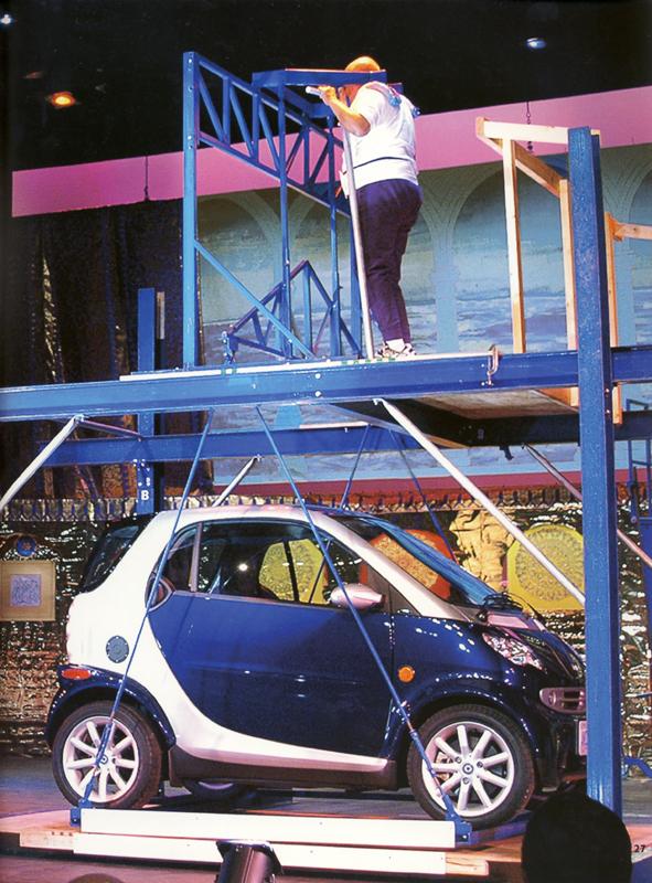Sri Chinmoy kis autót emel